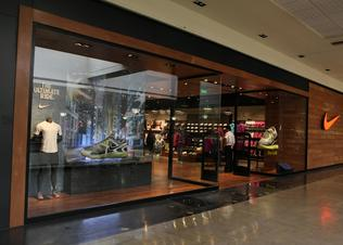 Nike_unicenter_store_gold_leed_certification_preview