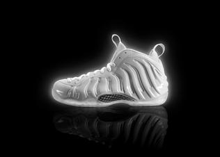 Nike_air_foamposite_whiteice_centerlat_v1_preview