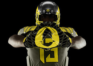 Nike-football-uniform-uofo-away-gloves_preview