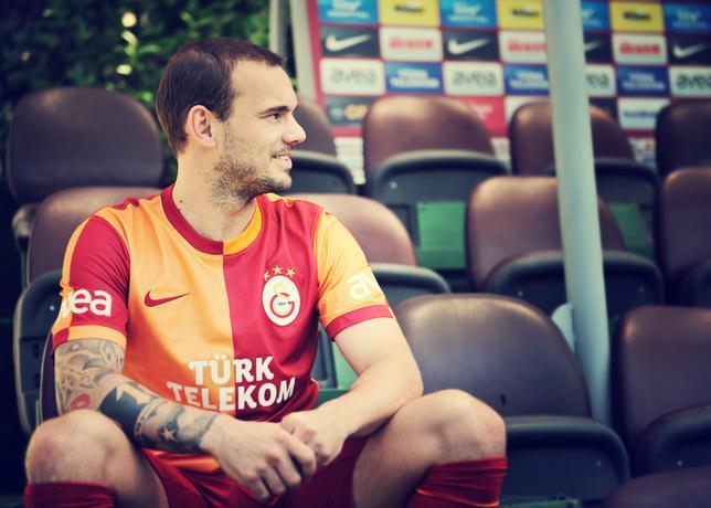Galatasaray thuisshirt 2013-2014 Sneidjer