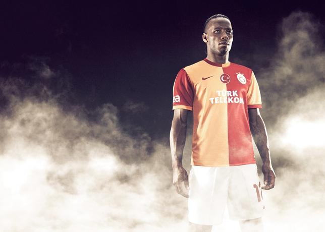 http://s3.amazonaws.com/nikeinc/assets/19952/Galatasaray_home_4_Drogba_large.jpg?1368794023