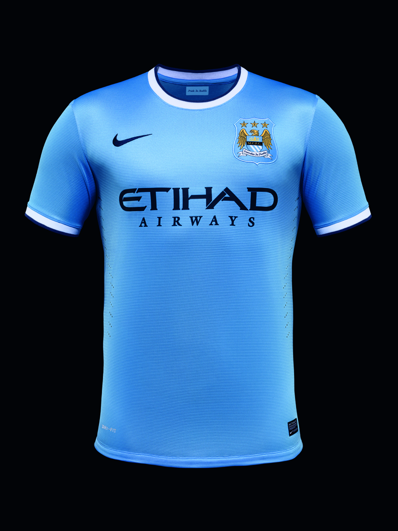 Nike Unveils First Manchester City Home Kit on New York