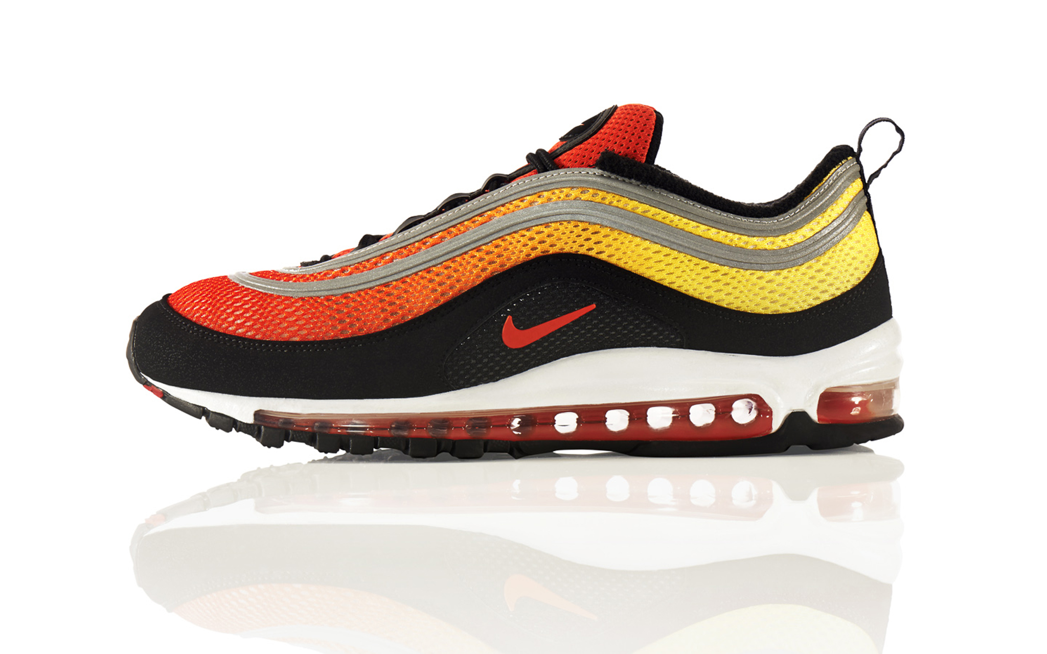 The Sky is the Limit with the Nike Air Max Sunset Pack ...