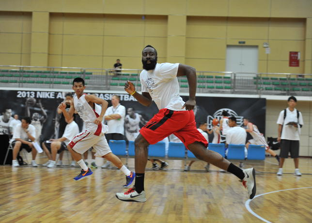 Harden_was_training_with_aac_campers_large
