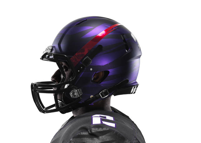 NCAA_FB13_UNIFORMS_TCU_0006_large.jpg?13