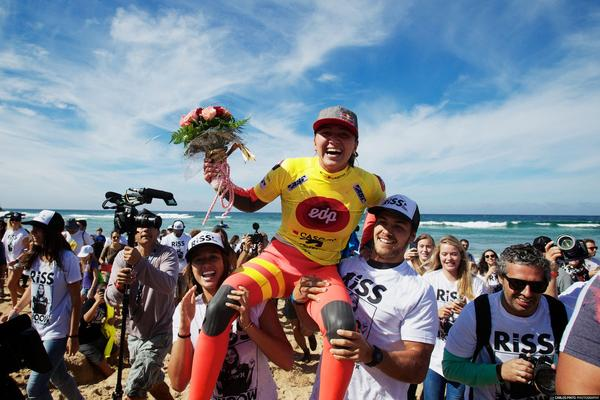 CARISSA MOORE WINS 2ND ASP WOMEN'S WORLD TITLE