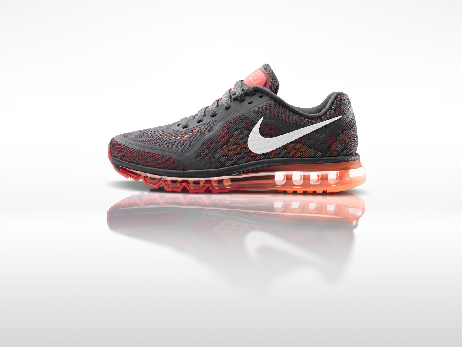 nike unveils nike flyknit air max and air max 2014 nike news. Black Bedroom Furniture Sets. Home Design Ideas