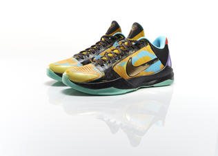Sp14_bb_kobe9_prelude_kobe_v_pair_0052_preview