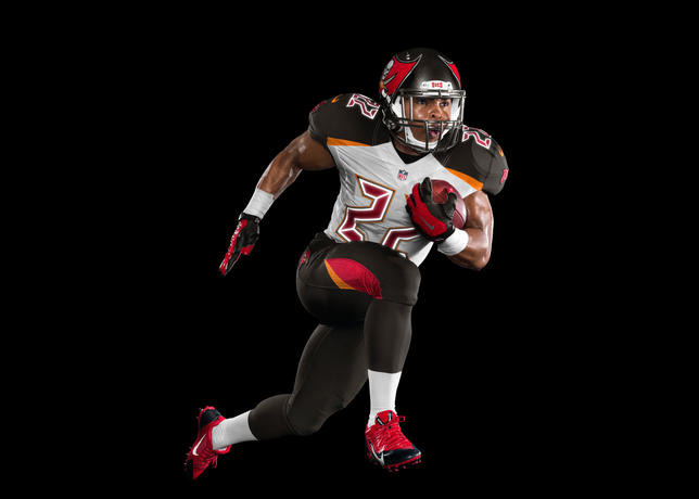 Tampa-bay-buccaneers-and-nike-unveil-new-uniform-design-2_large