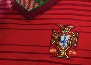 Portugal_home_collar2_prideht_(v1)_preview