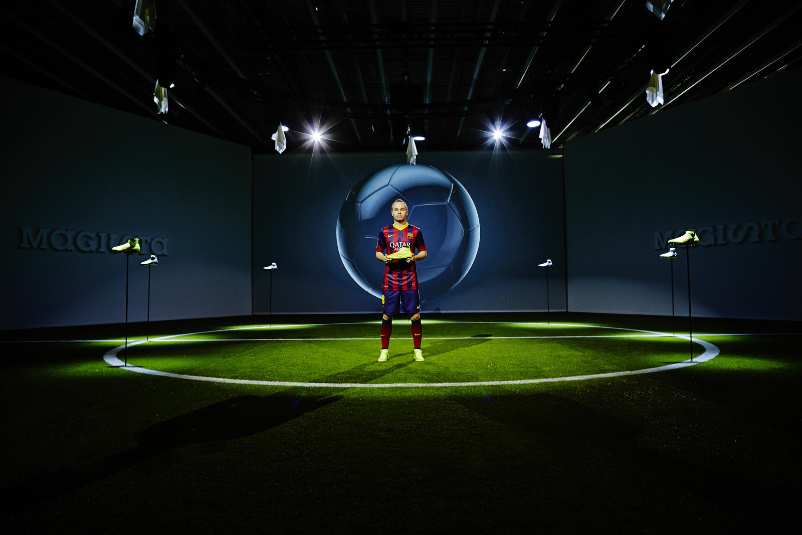 nike changes football boots forever with new magista. Black Bedroom Furniture Sets. Home Design Ideas