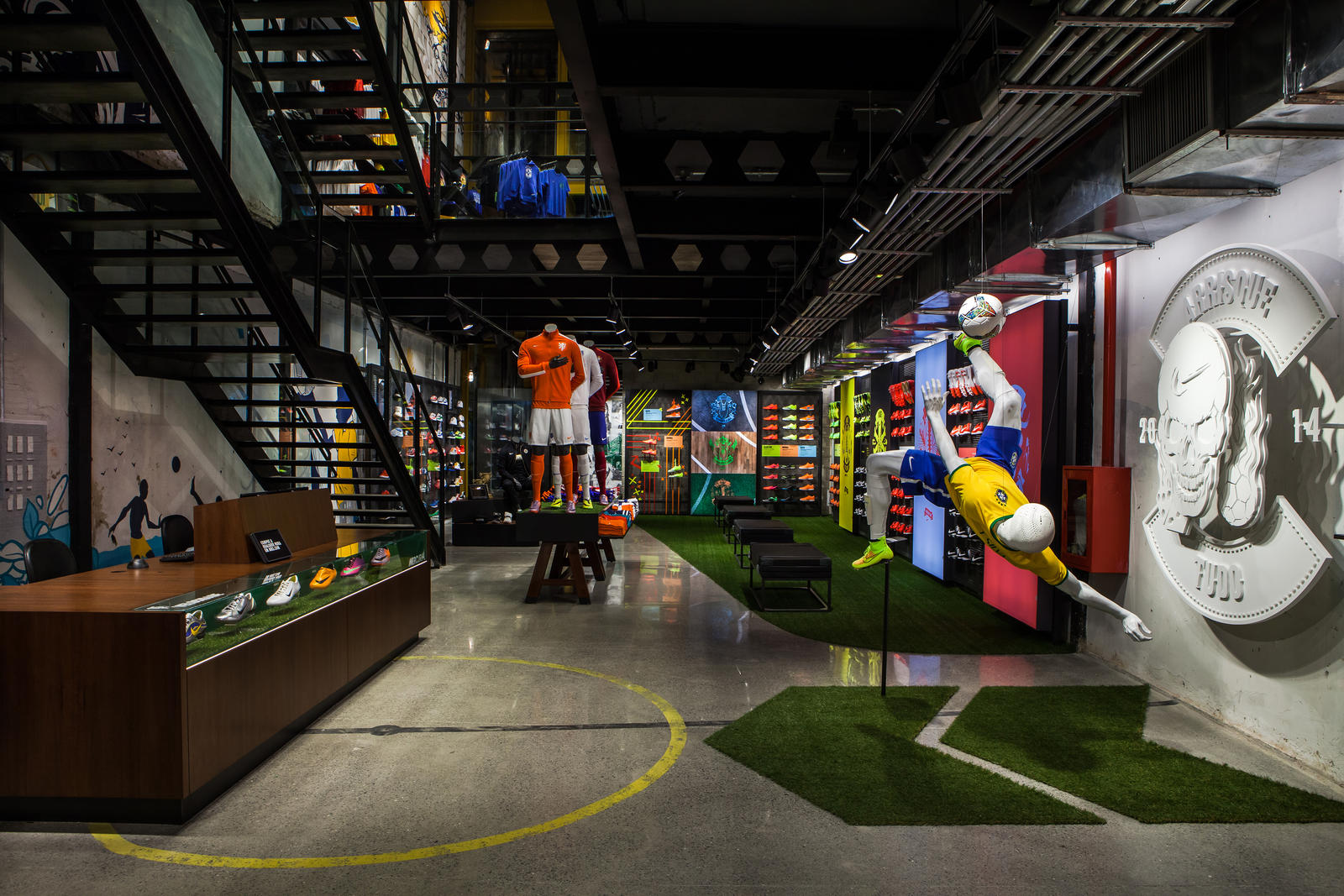 nike opens first football only store in brasil nike news. Black Bedroom Furniture Sets. Home Design Ideas