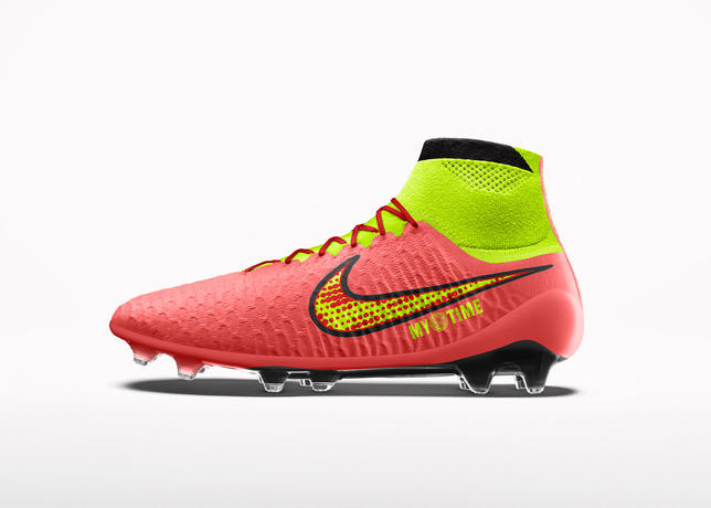 Su14_nikeid_magista_facebook_productgallery_hyperpunch_2040x1570_large