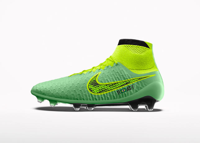 Su14_nikeid_magista_facebook_productgallery_lucidgreen_2040x1570_large