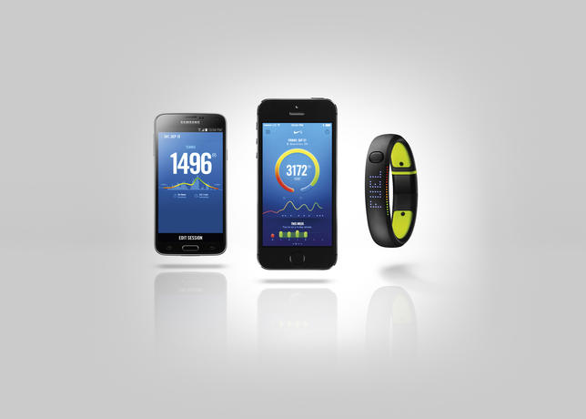 Su14_fuelband_android_iphone_hero_002_hf1_large