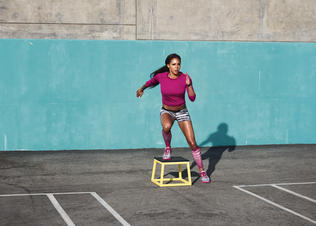 Sydney_leroux_nike_lunar_cross_element_1_preview
