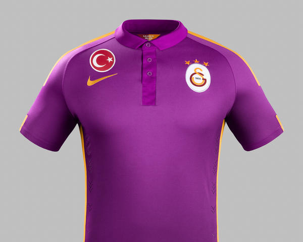 Galatasaray and Nike Unveil New Third Kit for 2014–15 Season