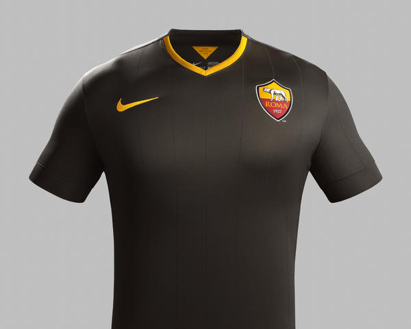 Nike and AS Roma Unveil New Third Kit for 2014-2015 Season