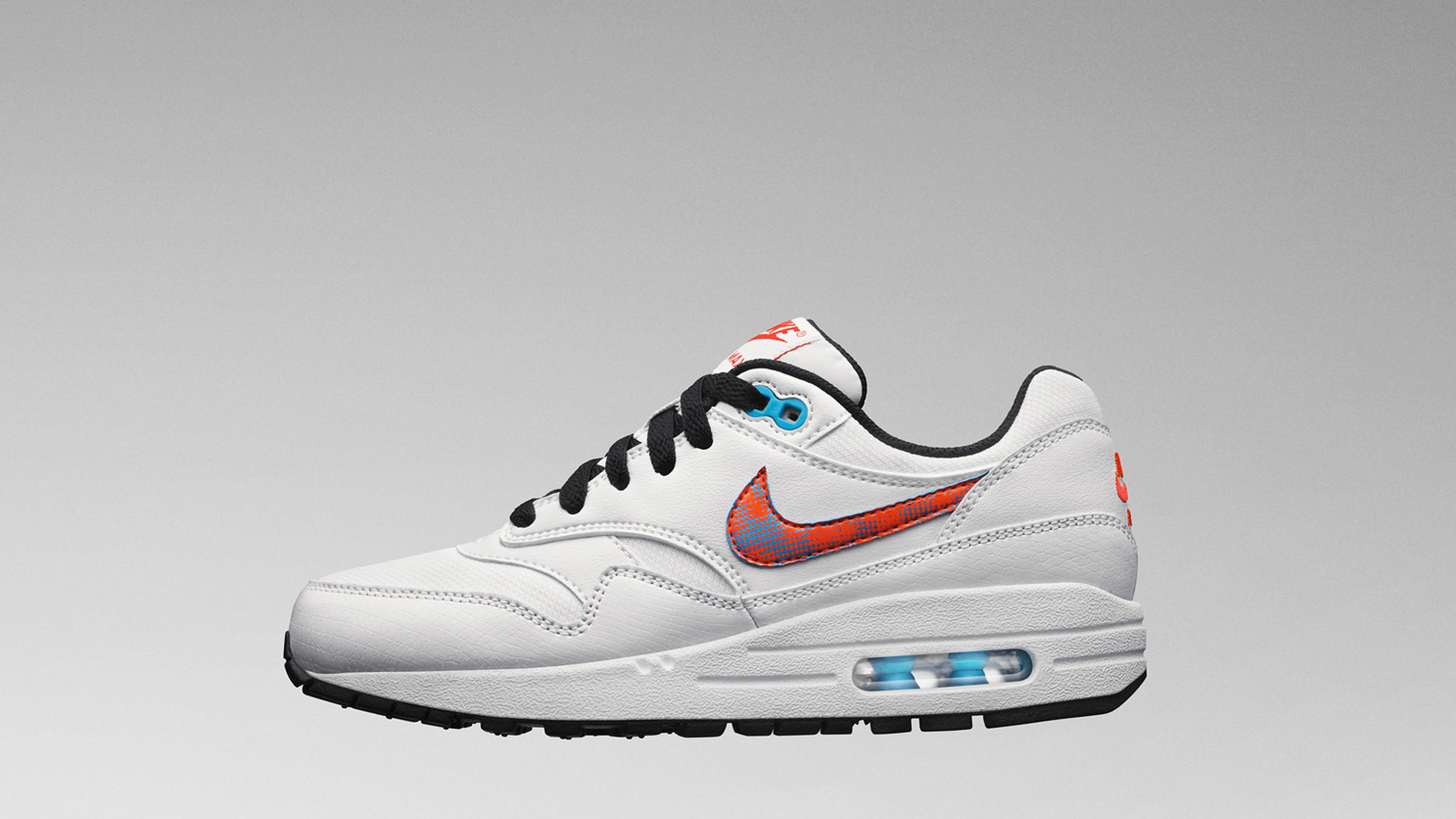 Nike Air Max 1 Football Pack