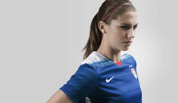 NIKE UNVEILS 2015 U.S. NATIONAL TEAM AWAY KIT