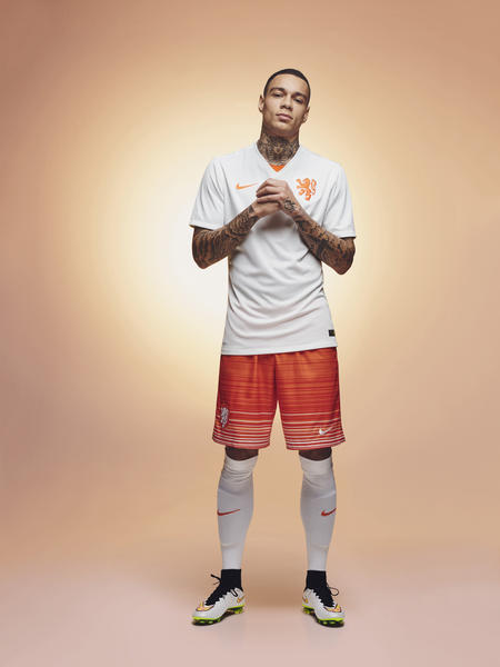 The Netherlands and Nike Celebrate National Football Team's Style of Play in New Away Kit