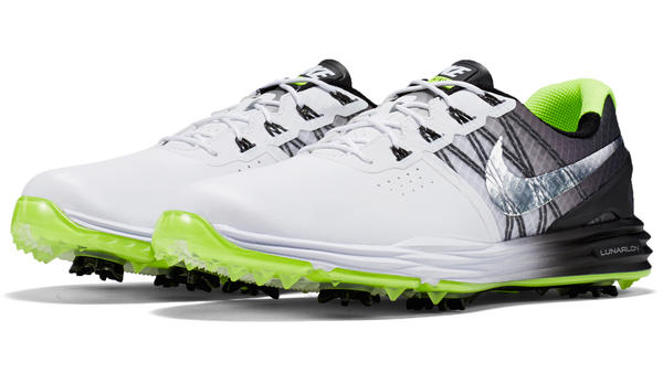 Rory McIlroy Laces Up Limited-Edition Nike Lunar Control 3 for Final Round