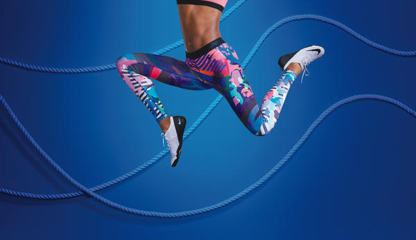 Nike Tight of the Moment Captures the Bold and Bright Radiance of LA