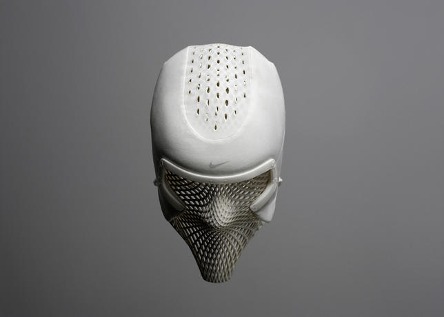Nike_track_cooling_mask_dark_hero_v3_large