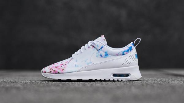 White Nike Air Max Floral Print