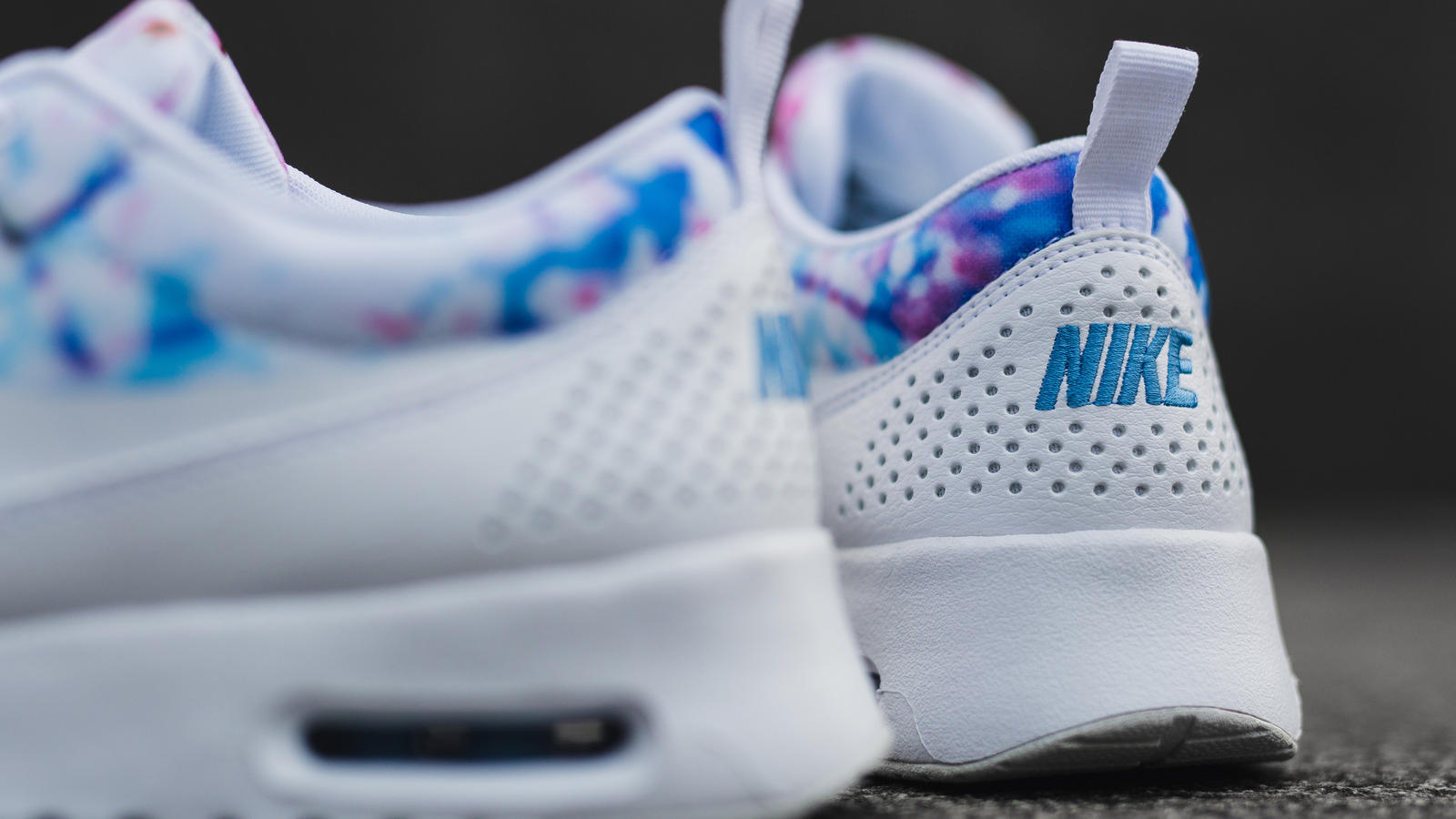 Nike Air Max Thea Cherry