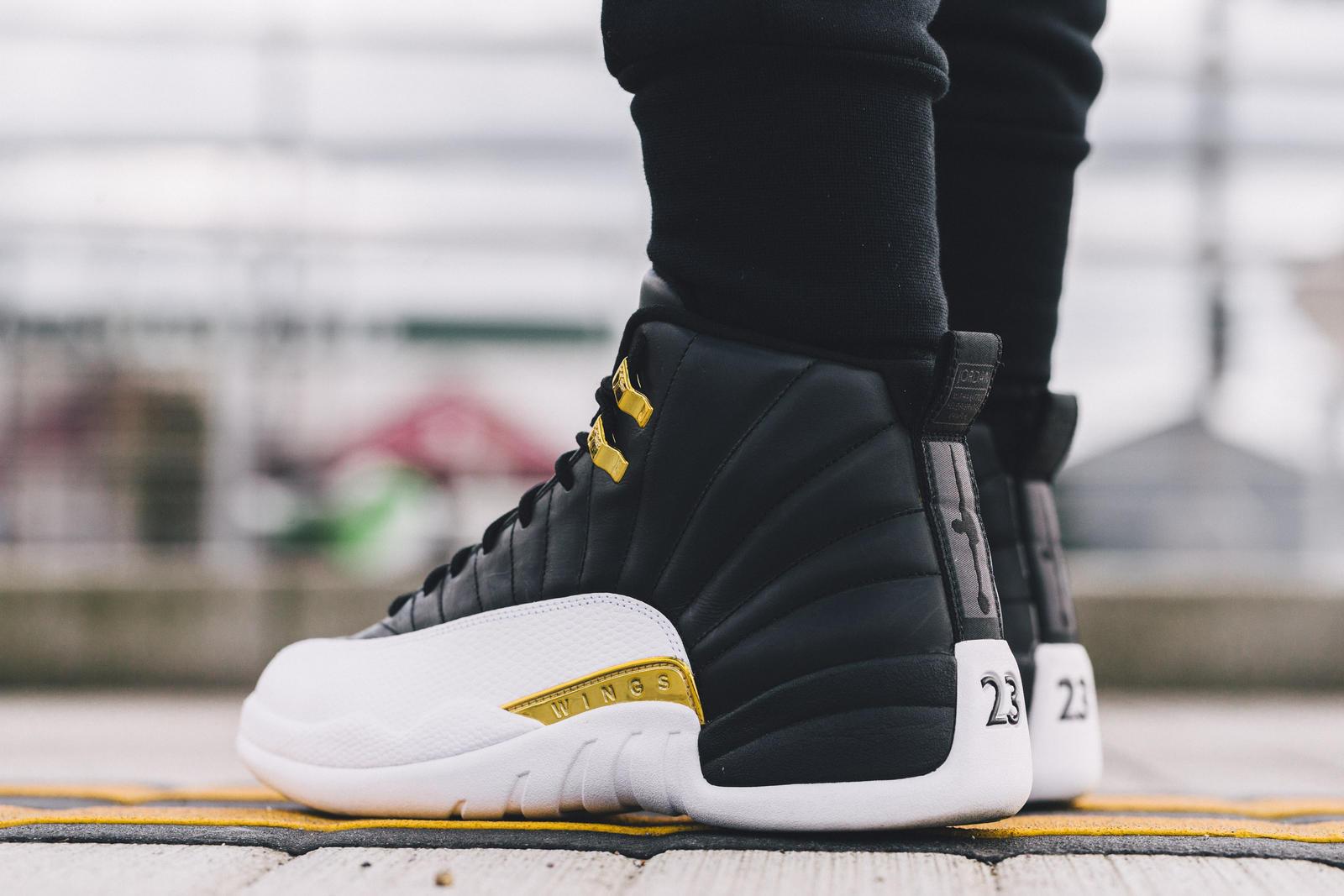 Plain Black Jordan Shoes