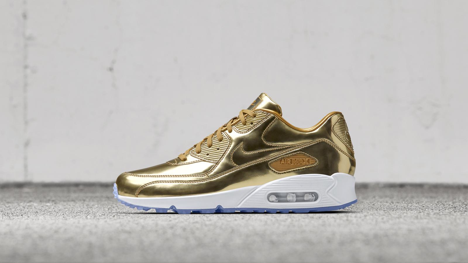 Nike news sneaker feed gold airmax 2666 hd 1600