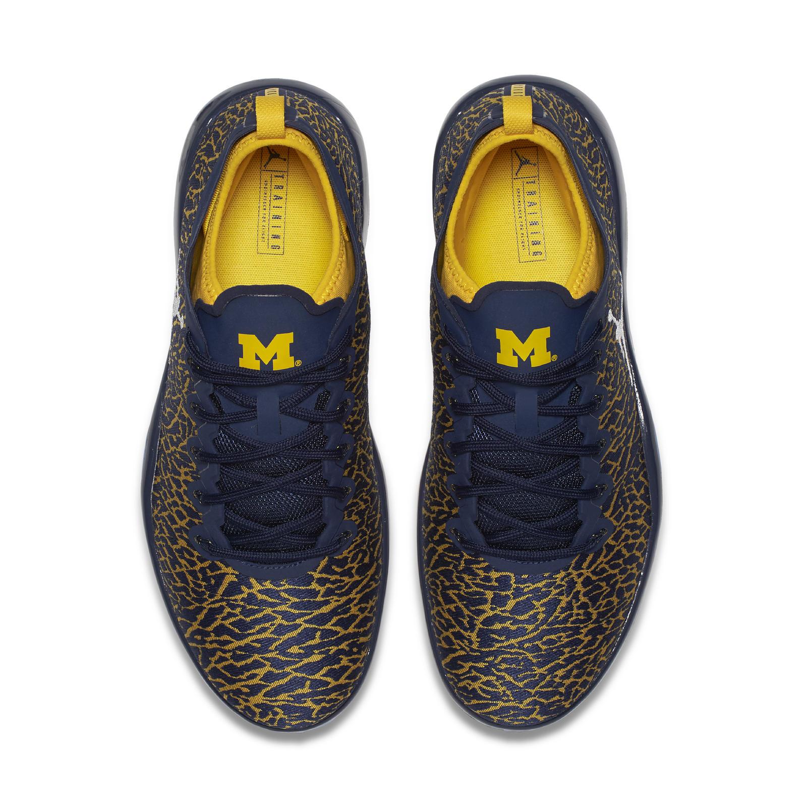 Tennis Shoes U Of Michigan