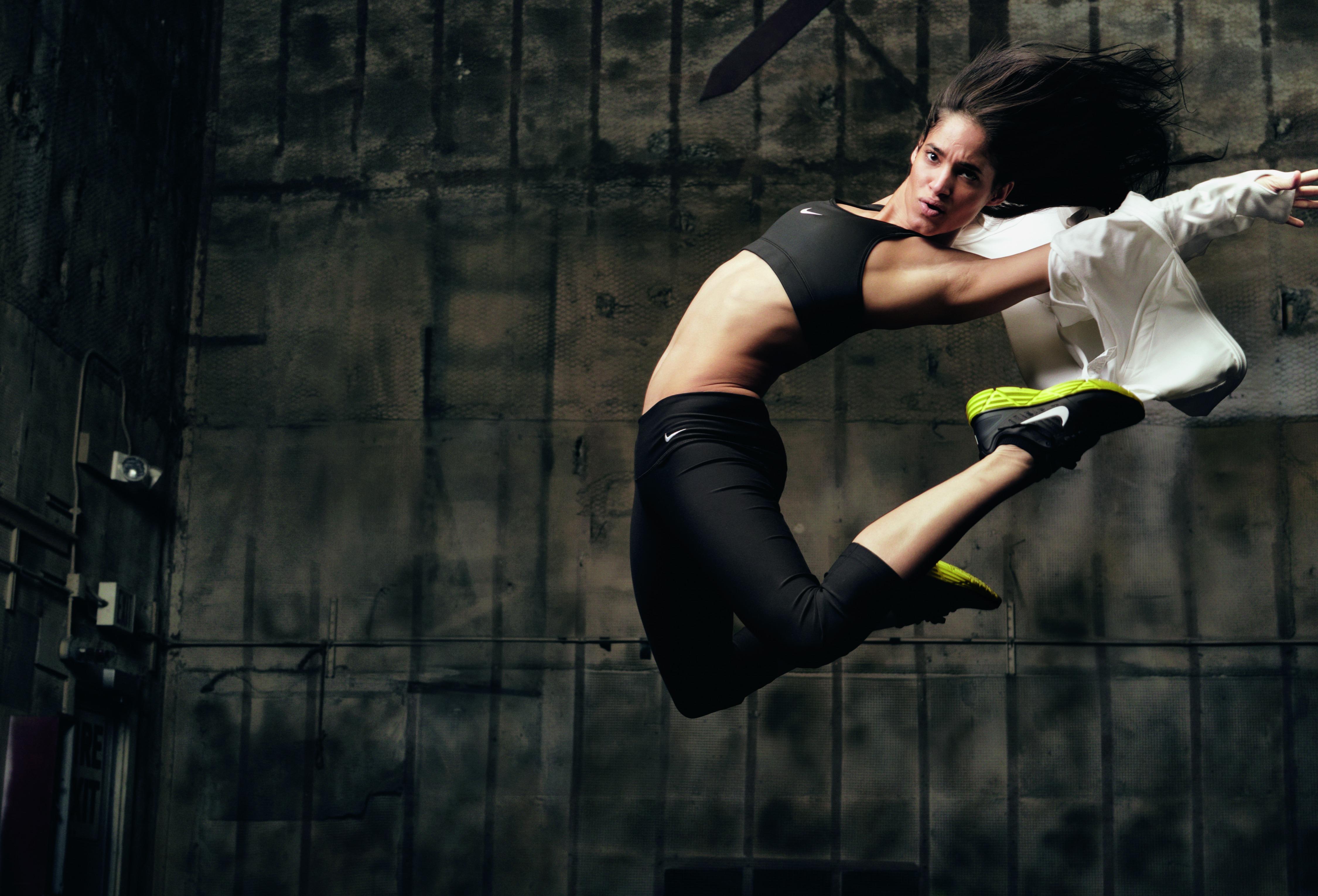 nike sportswear girl wallpaper