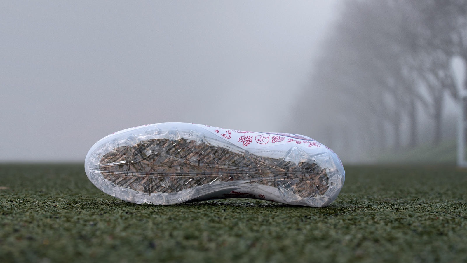 "Custom Cleats for Odell Beckham Jr. Ensure ""Home Field Advantage"" - Nike News"