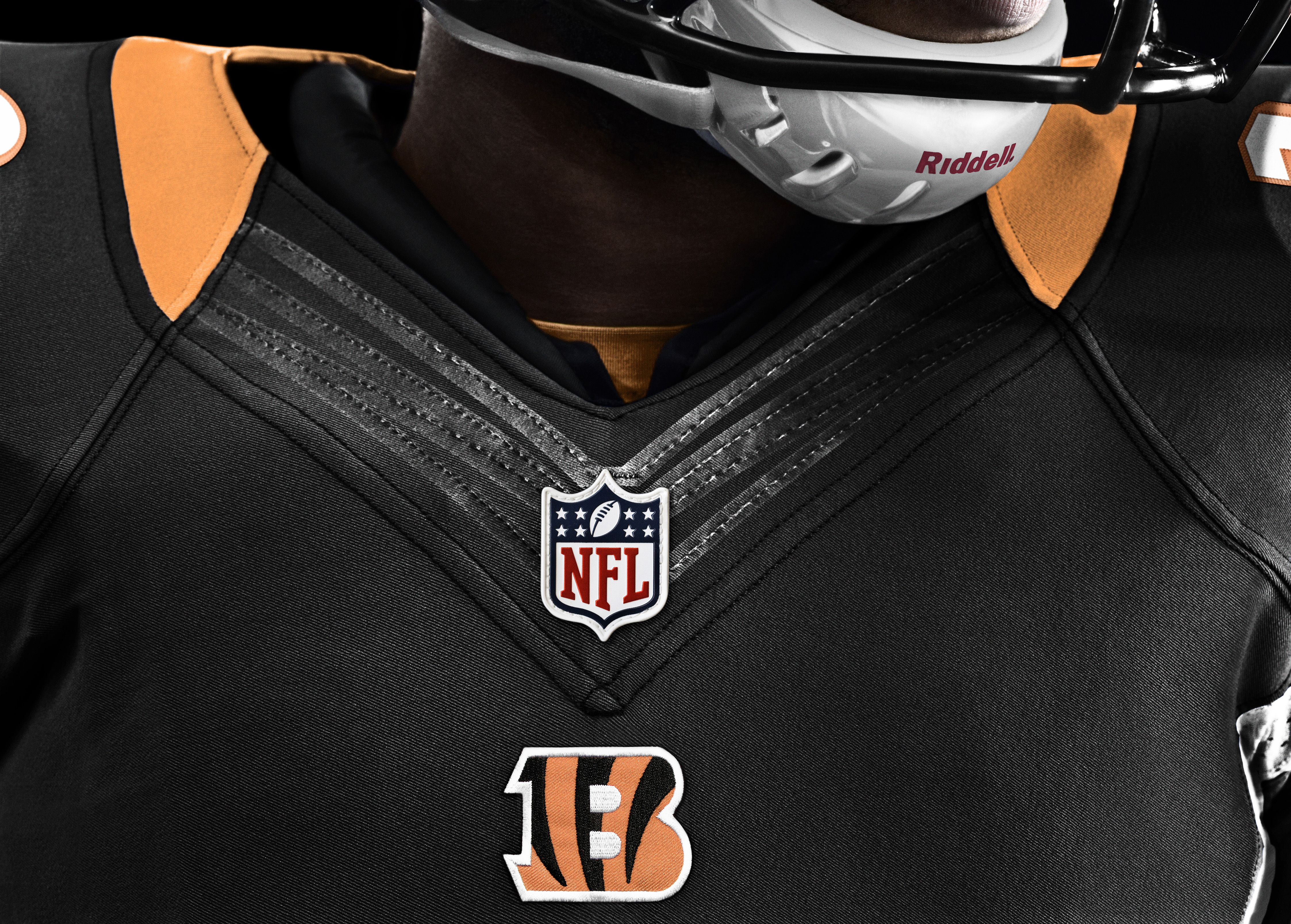 Nike Bengals #94 Domata Peko Green Men's Stitched NFL Limited Salute to Service Jersey