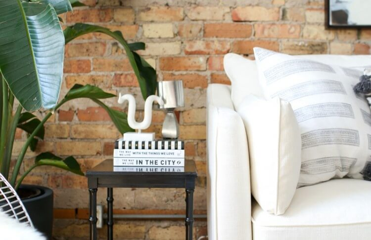 theeverygirl-danielle-moss-home-tour-chicago-WEB-5 (1)