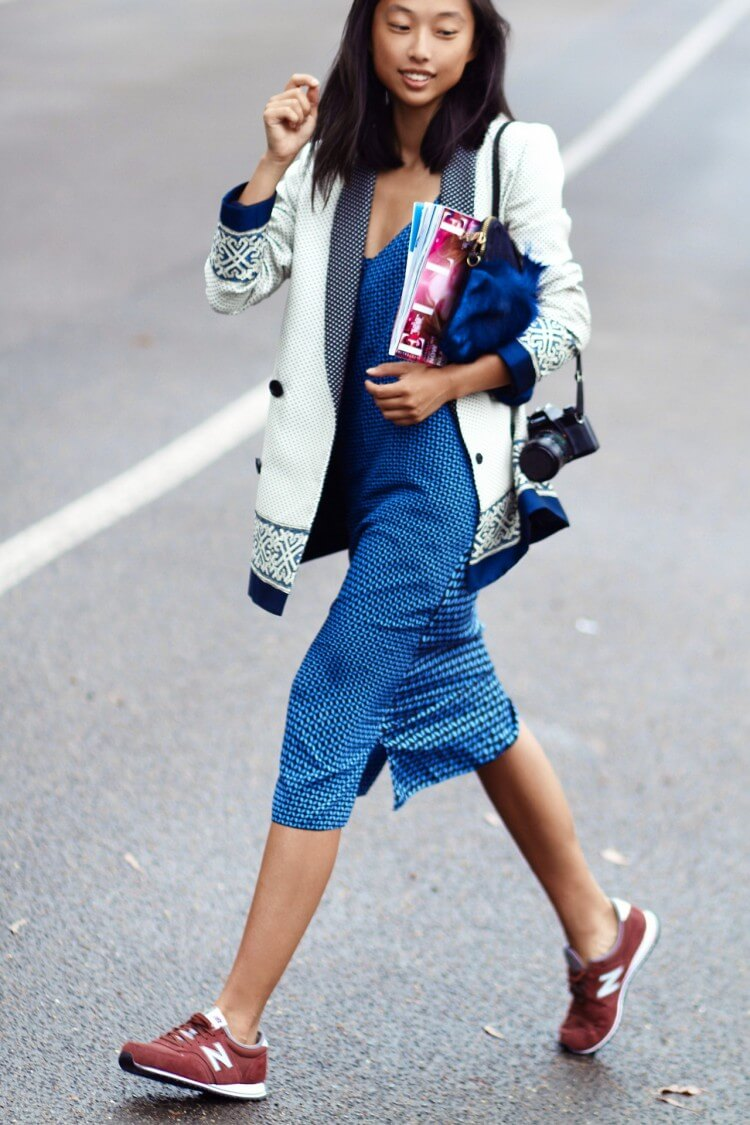 What-To-Wear-With-New-Balance-Trainers-and-Sneakers-Chic-Street-Style-For-Women-16