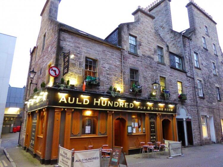 Auld_Hundred