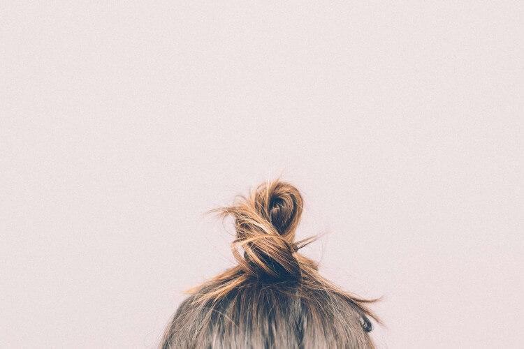 bun-girl-hairs-9634 (1)