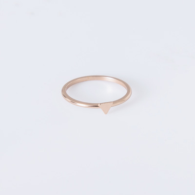 Bing Bang Rose Gold Tiny Triangle Ring