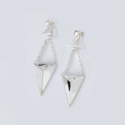 TOMTOM Silver Pyramid Pyramid Earrings