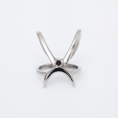 Gillian Steinhardt White Rhodium Prima Knuckle Ring