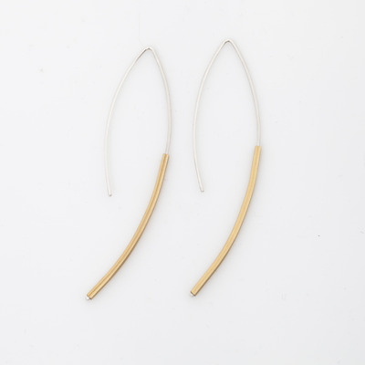 Kyyote Small Pointed Arc Earring