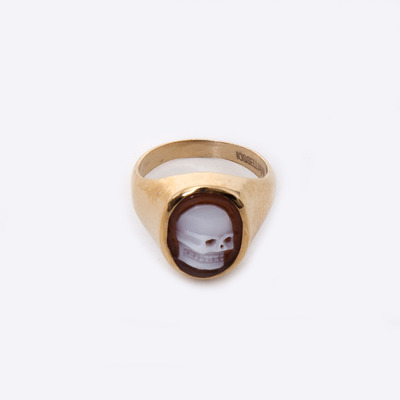 Puro Iosselliani Small Skull Cameo Signet Ring