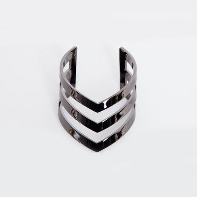 TOMTOM Gunmetal Triple V Cuff