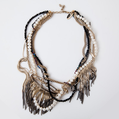 Iosselliani Shaded Fringe Pearl and Mixed Chain Necklace