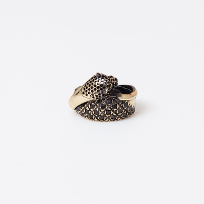 Iosselliani Cheetah Intertwined Black Crystal Ring