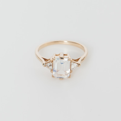 Anna Sheffield Moonstone Bea 14K Yellow Gold