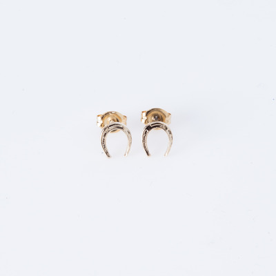 Bing Bang Horseshoe Studs